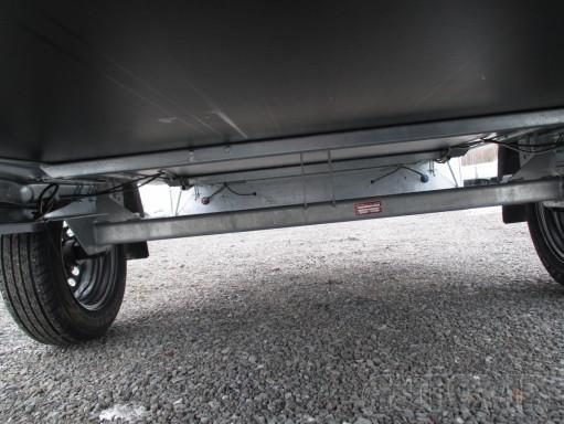 Přívěs za osobní auto s plachtou ZV 26 750kg N1 2,50x1,30/1,33 č.13
